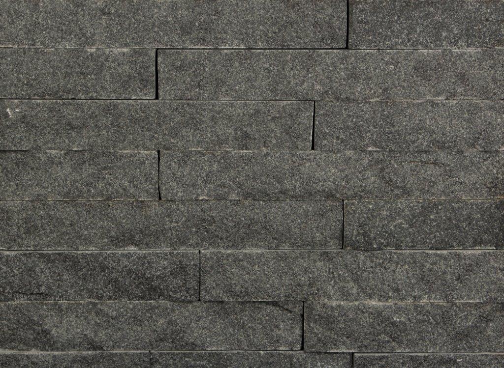 Cobalt Black Ledgestone 2 1/4″ Snapped (only)