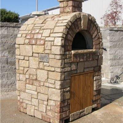 country villa tumbled outdoor pizza oven