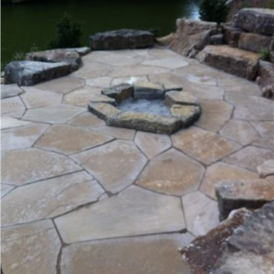 Fossil Creek Flagstone Outdoor Living Area