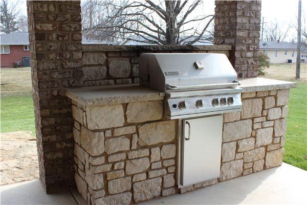 Outdoor Kitchen Stone