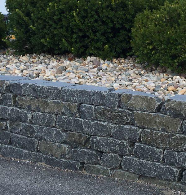 Earthworks Natural Stone : Cobalt black garden wall tumbled earthworks natural stone