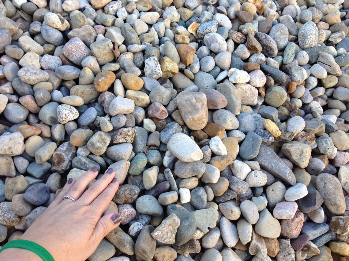 Rainbow Natural Stone : Tulsa rainbow gravel earthworks natural stone