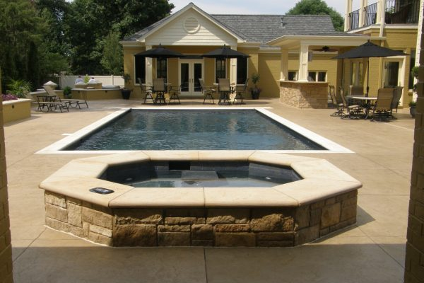Indiana Limestone Bullnosed Pool Coping